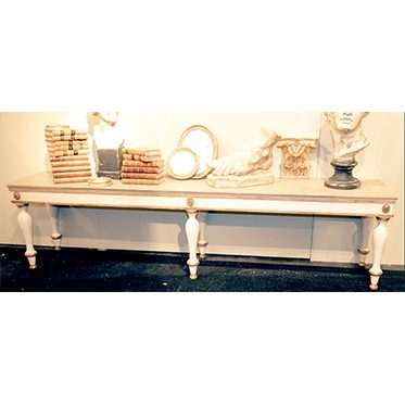 REF : TAB3 LARGE WHITE AND GOLD BENCH