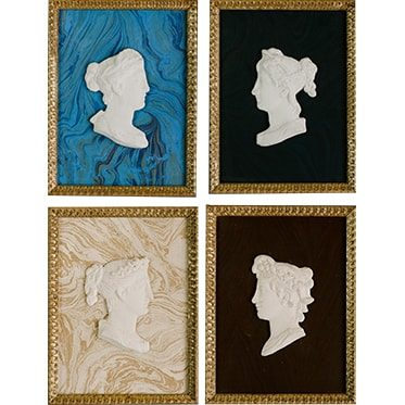 REF : I18  FOUR WOMEN PROFILES ON PAPER (TO CHOOSE), GOLD
